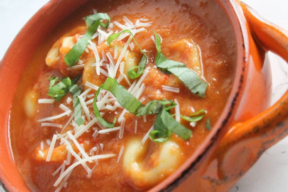 One Pot Tomato and Tortellini Soup - comforting and hearty, but still quick and easy; a perfect weeknight dinner for cold winter nights.