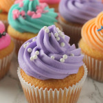 Bakery Style Cupcakes – The Easy Way