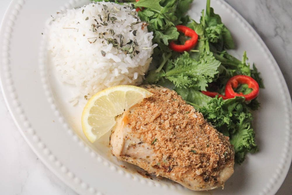 This Garlic Parmesan Chicken is a quick and easy weeknight dinner, no tedious breading required!