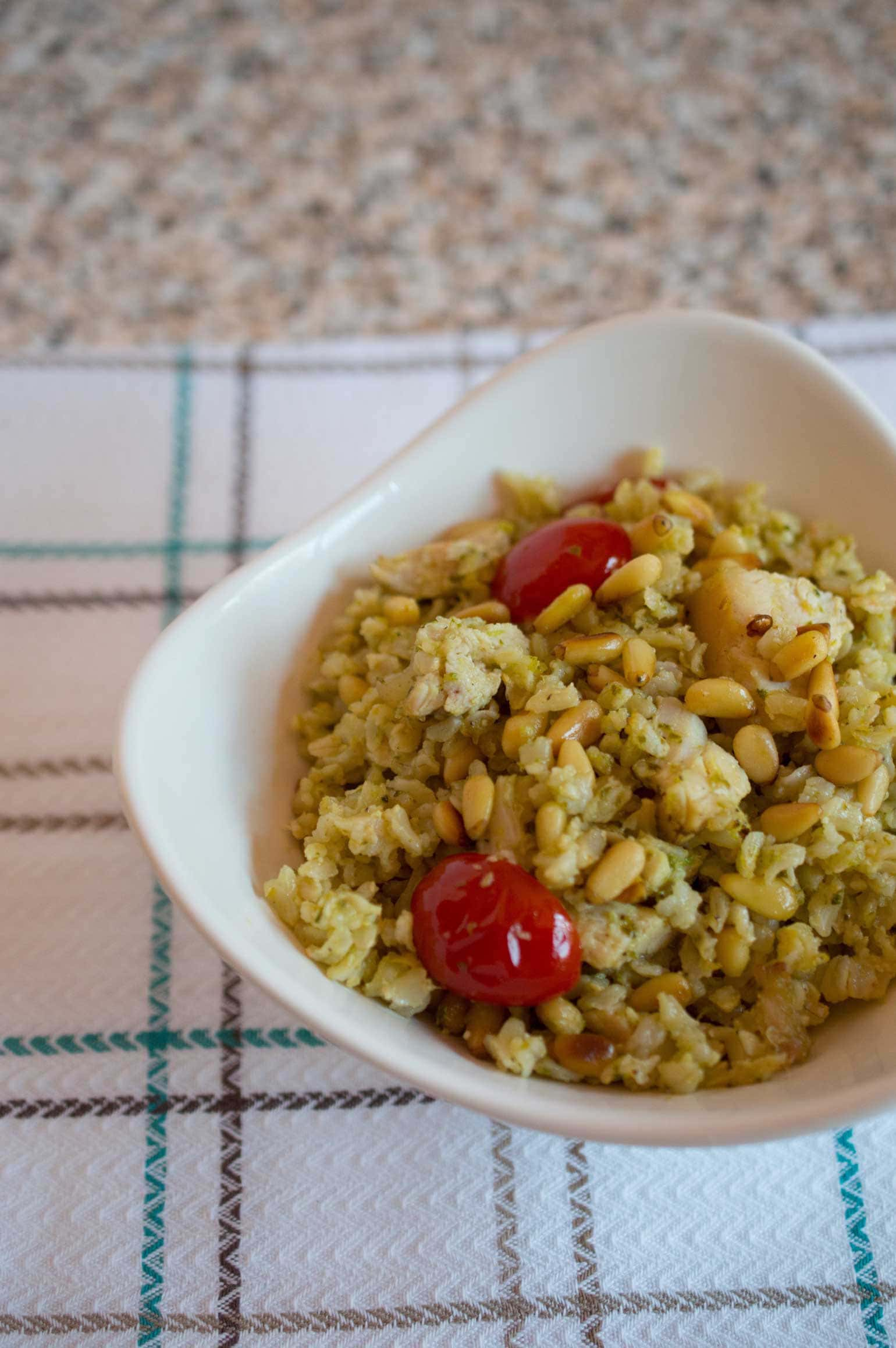 Pesto Rice with Chicken, Tomatoes and Pine Nuts, a 6-ingredient Costco hack you can make in 30 minutes! Quick, easy and ultra-tasty!