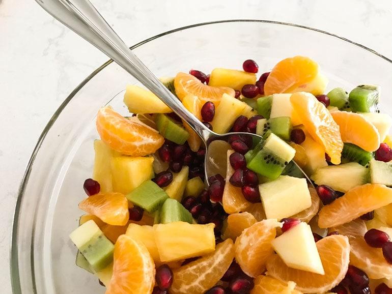 Winter Fruit Salad With Honey Lemon Dressing Foodlove Com