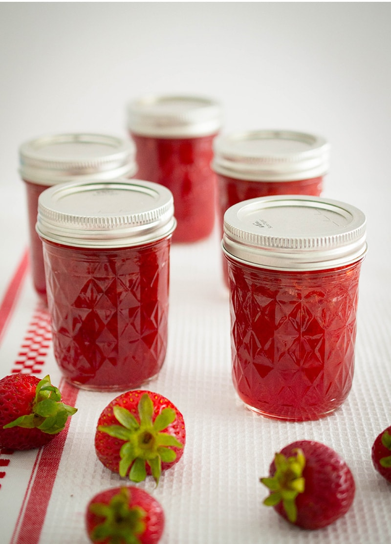 It's easier than you think to make your own fresh, low-sugar strawberry jam!