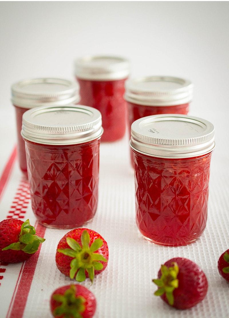 Low-Sugar Strawberry Jam