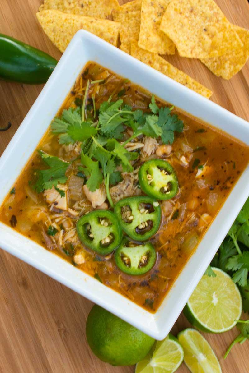30-minute chicken and white bean chili (foodlove)