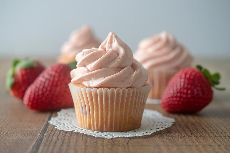 fresh strawberry cupcakes with strawberry buttercream
