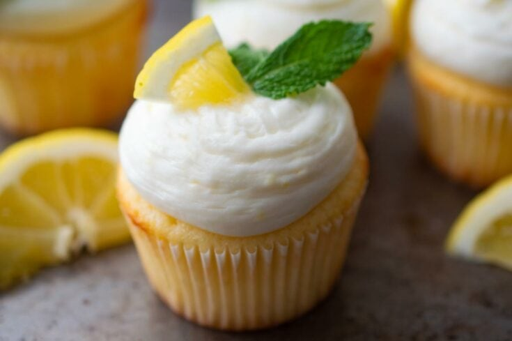 Fresh Lemon Cupcakes with Lemon Cream Cheese Frosting