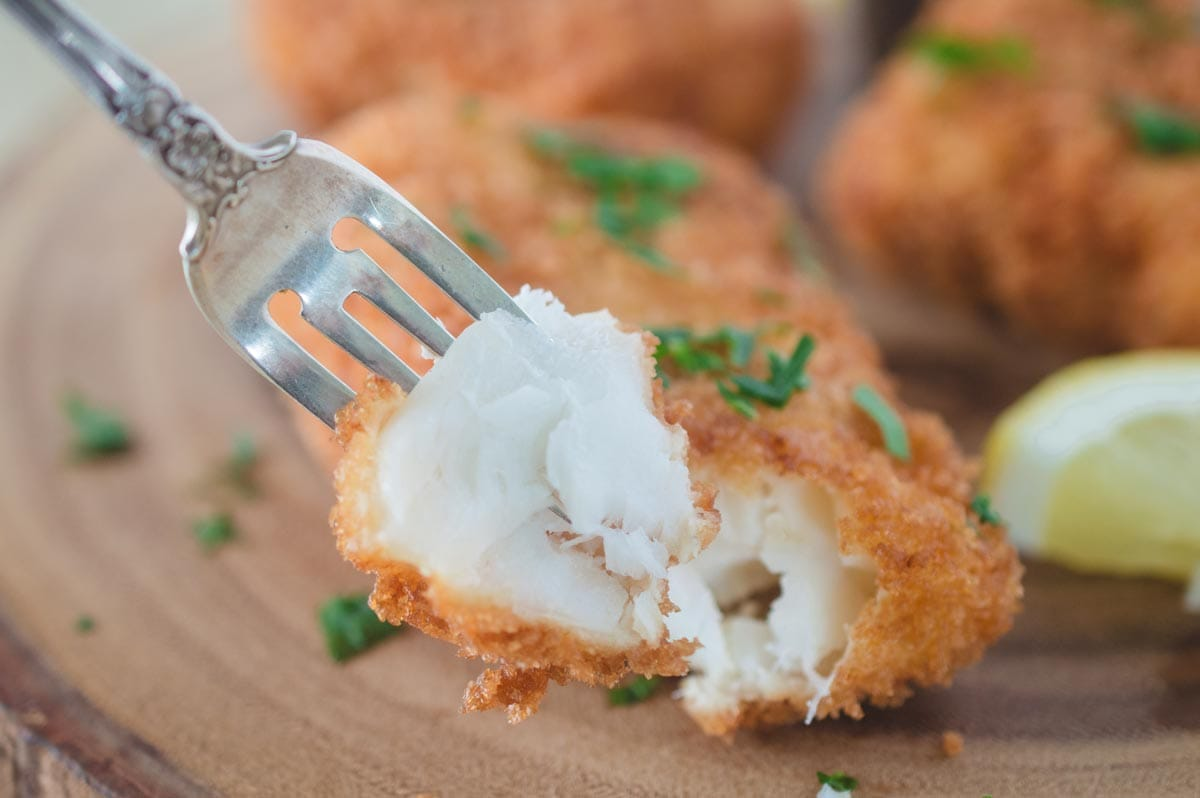 Panko Crusted Cod With Lemon Aioli Foodlove Com